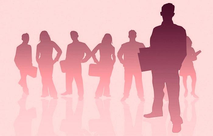 suddetti criteri devono essere soddisfatti anche dalle associazioni sindacali dei datori di lavoro e dei lavoratori che decidono di effettuare le attività formative e di aggiornamento.